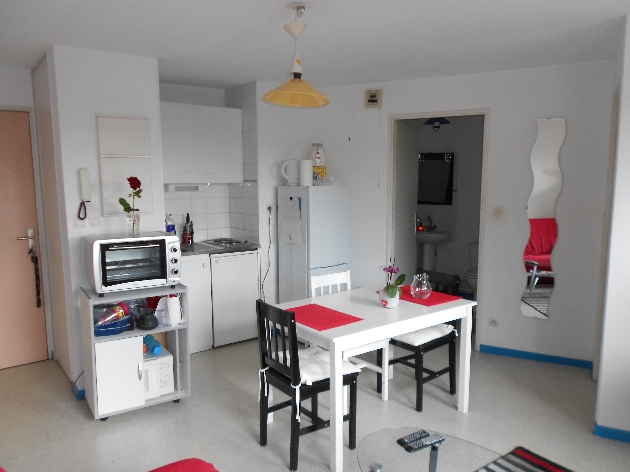 LOCATION-APPARTEMENT-T2-BESANCON