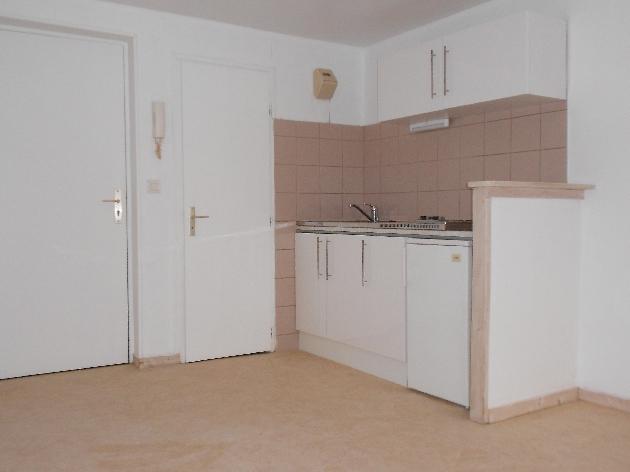 location appartement t1 bis beure besancon et alentours lons le saunier arbois poligny. Black Bedroom Furniture Sets. Home Design Ideas