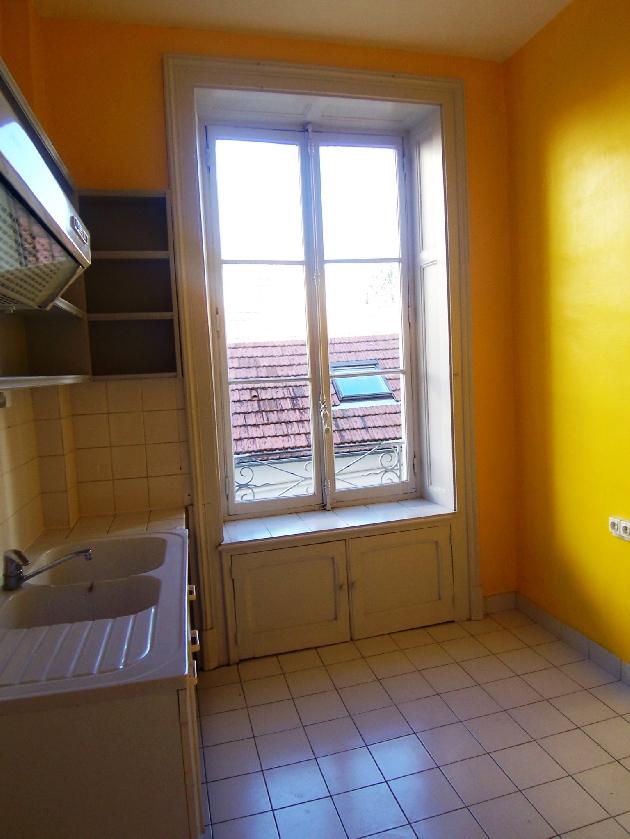location appartement 3 pi ces besancon besancon et alentours lons le saunier arbois poligny. Black Bedroom Furniture Sets. Home Design Ideas