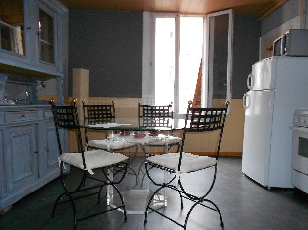 location appartement f1 meubl besancon besancon et alentours lons le saunier arbois. Black Bedroom Furniture Sets. Home Design Ideas