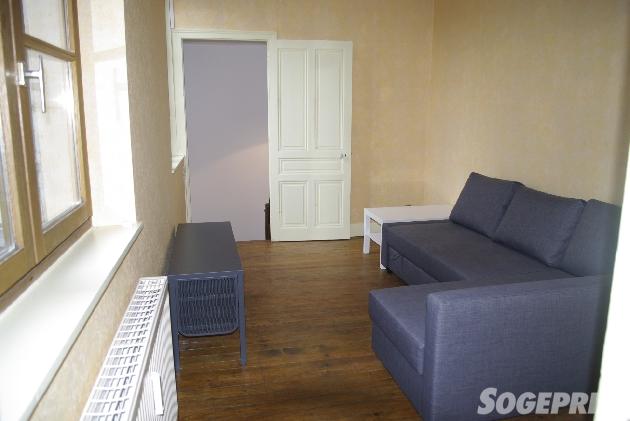 appartement f2 meubl poligny poligny et alentours. Black Bedroom Furniture Sets. Home Design Ideas