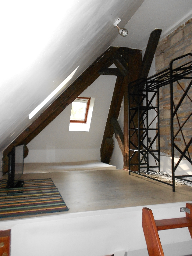 location studio meuble beure besancon et alentours lons le saunier arbois poligny. Black Bedroom Furniture Sets. Home Design Ideas
