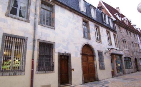 Location Appartement 4 pièces BESANCON CENTRE VILLE