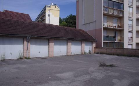 Location Parking DOLE
