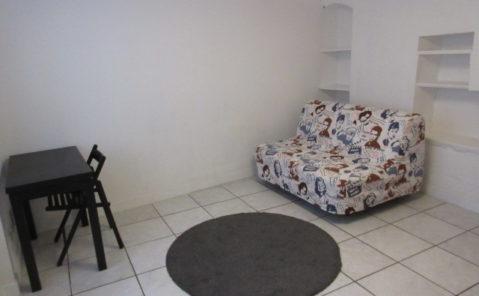 à louer studio meublé N°2 à poligny