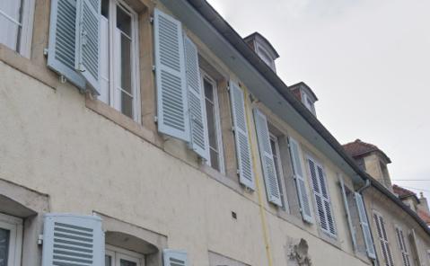 location F4 LONS LE SAUNIER