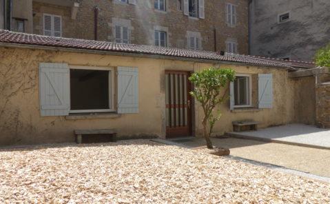 Location Maison F2 BIS rénovée Lons le Saunier